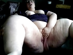 Thick youthful honey milking