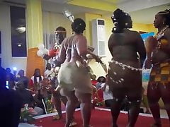 African huge backside dance