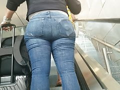 Candid donk on escalator