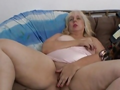 Plumper gross whore wanks